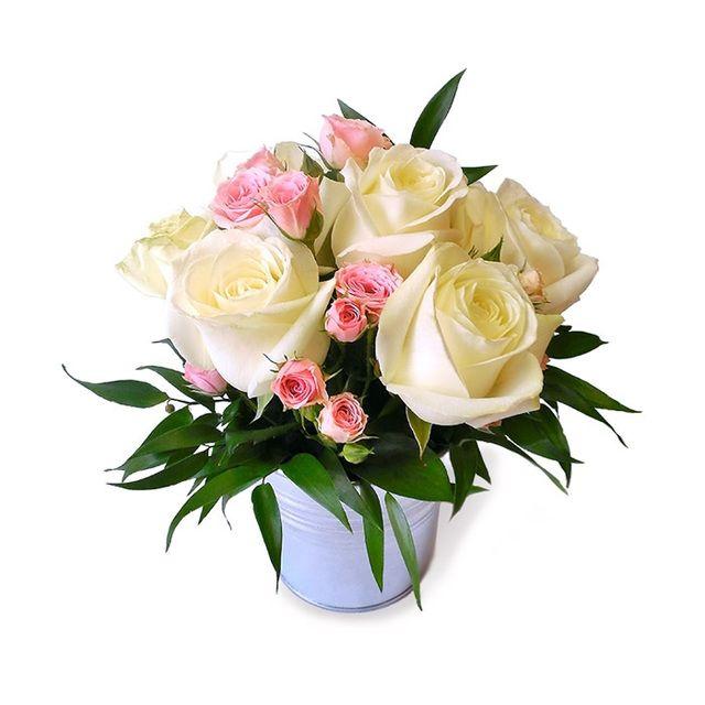 Colectia de Lux Cutie flori cu Buchet 23 trandafiri galbeni premium