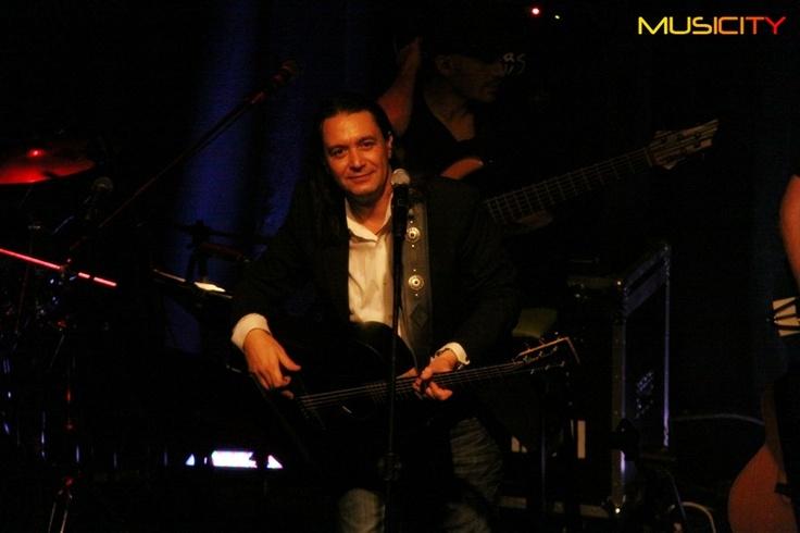 Φωτογραφίες/Live Report: Γιάννης Κότσιρας: «Μουσικά κουτιά και αναδυόμενες νότες...»!