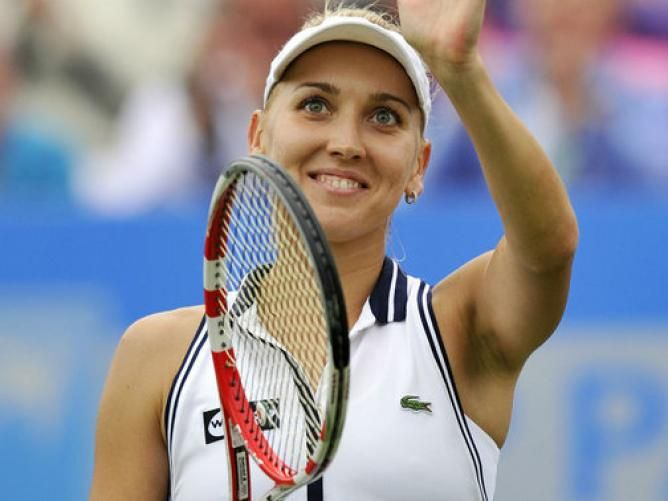 Russian Elena Vesnina wins Eastbourne title over Jamie Hampton