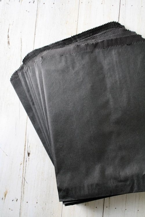 black paper bags to use white paint with and look like a chalkboard.Gift Bags, Kraft Paper, Black Bags, Olive Manna, Packaging, Paper Bags, Black Paper Bag, Products, Wraps