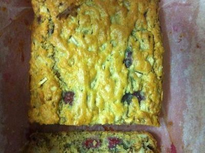 Like banana bread but made with pears and raspberries.