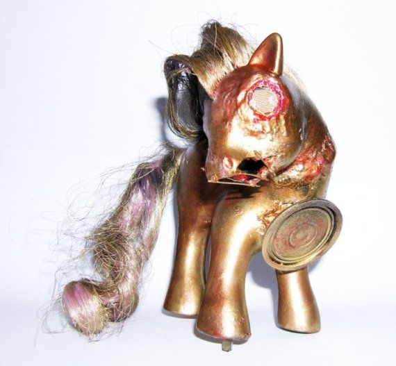 Zombie SteamPunk My Little Pony!Ponies Steampunk, My Little Ponies, Zombies Mlp, Amazing Scream, Zombies Steampunk, Steampunk Zombies, Scream Maurice, Dead, Zombies Creatures