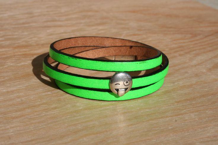 Bracelet femme cuir doublé 5 mm - 3 tours/smiley– vert fluo – fermoir magnétique : Bracelet par boisdesoluthe