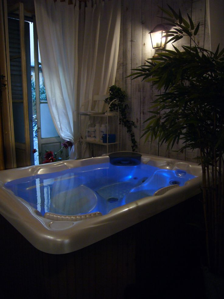 spa beachcomber buying tub hybrid tropical pool banner hot and tubs tips at