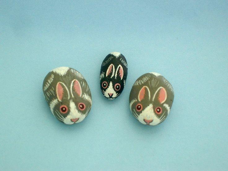 Miniature gardens-DIY terrarium kit-fairy accessories-tiniest bunny rabbit-Holiday gift idea-naturalist gardener-desktop dish garden by RockArtiste on Etsy https://www.etsy.com/listing/246426698/miniature-gardens-diy-terrarium-kit