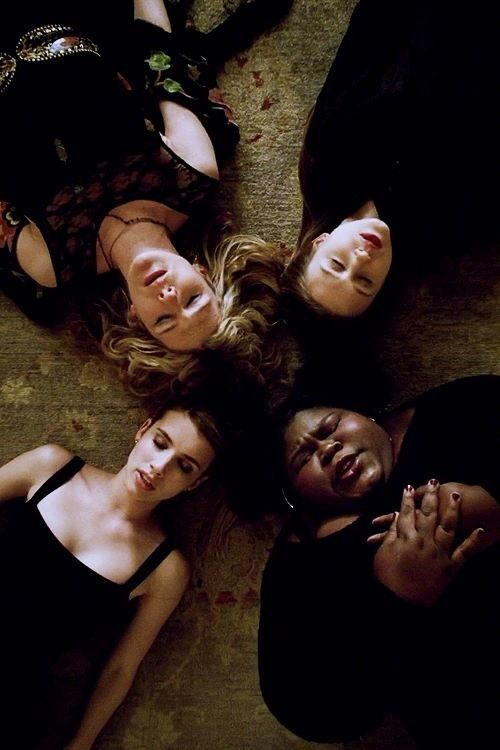 American Horror Story: Coven || why do covens always end badly, sigh, The Craft, The Secret Circle, now AHS.