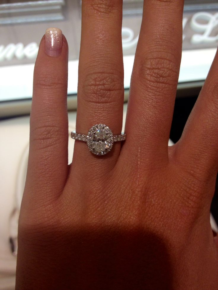 Neil lane oval engagement ring. Ugh I just love this so much someone send it to Ryan lol