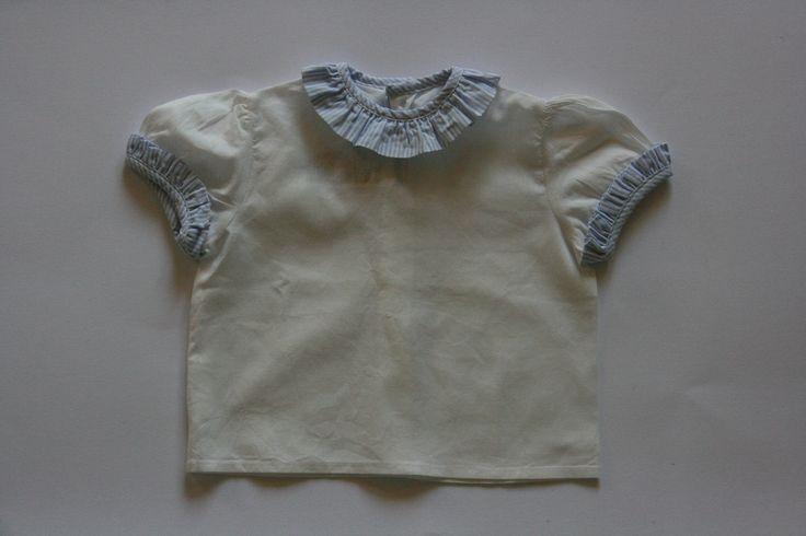 CAMICIA CON VOLANT; 3 mesi; 9€ http://hipmums.it/products/camicia-con-volant-109
