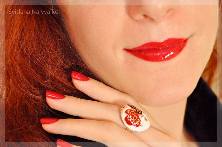 Svitlana Nalyvaiko: Мой новогодний красный. Лак для ногтей Max Factor…