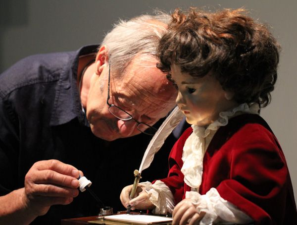 """Jaquet Droz """"The Writer"""" Automata: Awesome Antique Android"""