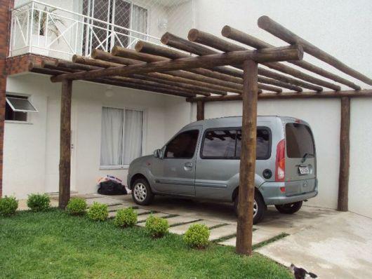 garagem de madeira