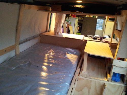 die besten 25 klappbarer tisch ideen auf pinterest lieferwagen lagerung lkw bett camper und. Black Bedroom Furniture Sets. Home Design Ideas