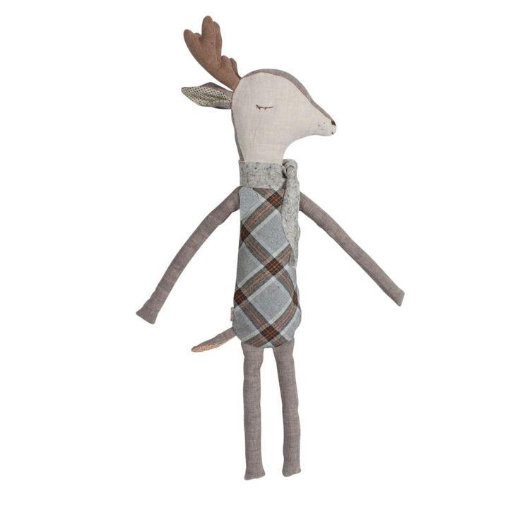 Un joli cerf tout doux qui deviendra un premier doudou et suivra les petits les années durant avec amour ! Une jolie écharpe tricotée le maintien bien au chaud.    Ce cerf est soit éveillé, soit endormi, suivant le côté où on le retourne. Il décorera la chambre ou pourquoi pas le pied du sapin denoël.    H : 43 cm. Edité par Maileg, Danemark.   25,50 € http://www.lafolleadresse.com/peluches-et-doudous/3644-cerf-43-cm-endormi-reveille-maileg.html