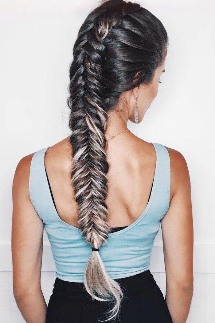 Blue Top Long Fishtail Braid Black Hair Blonde Highlights Triangle Box Braids In 2020 Braided Hairstyles Fish Tail Braid Hair Styles