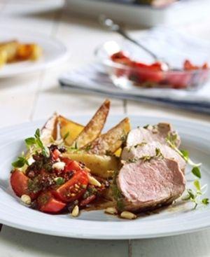 Svinekjøtt og tomatsalat med soltørkede tomater | www.greteroede.no | Oppskrifter | www.greteroede.no