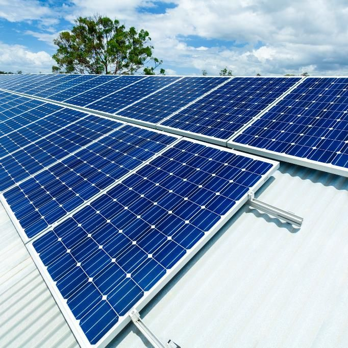 The Solar Panels Are Only As Stable And As Good As The Roof That They Re On So You Want To Make Sure You Re Dealing With Solar Solar Panels Best Solar