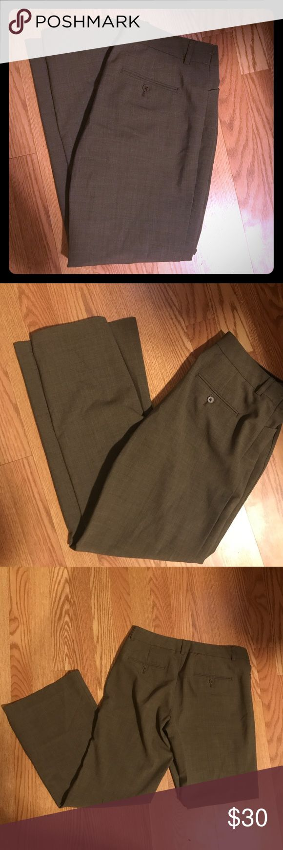 """Express dress pants Excellent condition Express pants, great for work! Express Design Studio Editor Pants, size 8. 29"""" inseam. Personally, this fit a little snug for me for a size 8 and I think fit more like a 6 - happy to provide additional measurements. It's a light brown color, I tried to capture in photos Express Pants Boot Cut & Flare"""