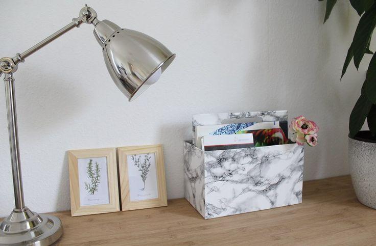 Ordnung ins Büro bringen mit diesem DIY Organizer in Marmor Optik! http://lettersandbeads.de/diy-organizer