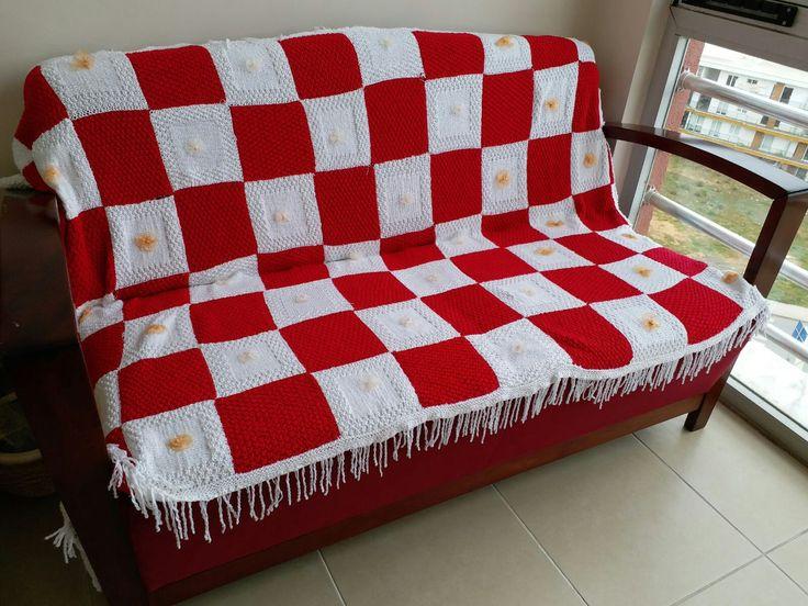 Koltuk örtüsü modeli, kırmızı beyaz model, küçük kareler, örgü, koltuk, dikim, model