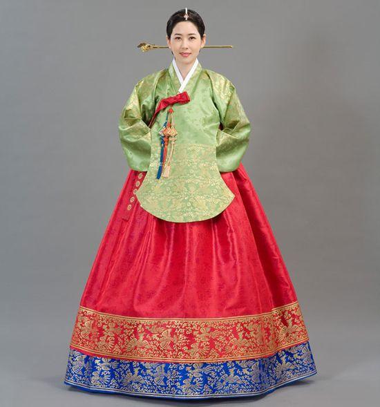 hollyebok-korean-wedding-costume16