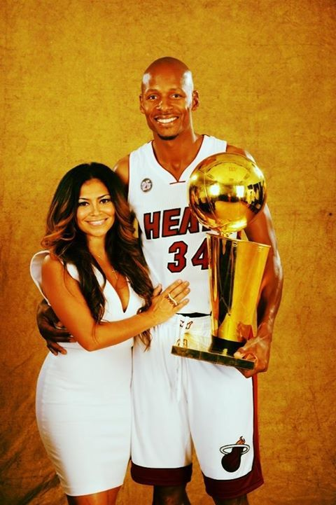 Ray Allen's wife Shannon looking great in our Amara dress by Alexis! #ShopSplash #ShannonAllen #RayAllen #NBAChamps #Heat #Alexis #WhiteHot #Miami #MiamiHeat #Champion http://www.shopsplash.com/designers/alexis