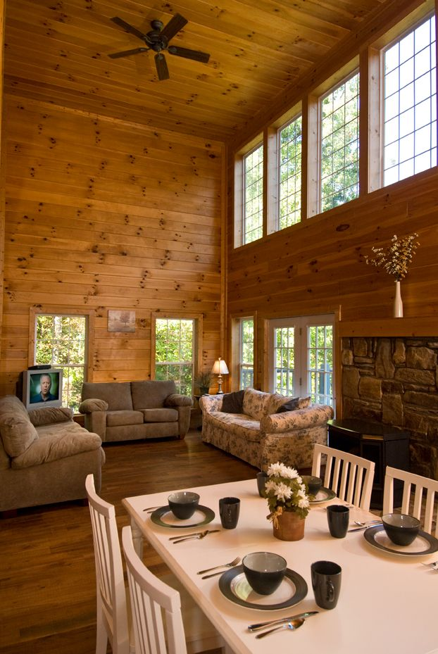 Beeu0027s Treehouse   Bryson City Cabin Rentals Large Vacation Home Located In  Bryson City, NC