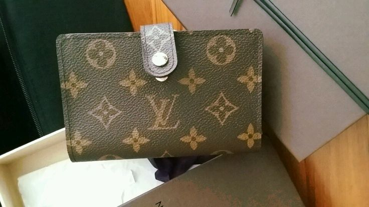 Closets - LOUIS VUITTON | LV Monogram wallet