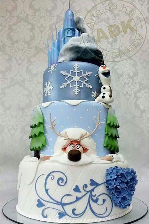 torta di frozen con decorazioni in pasta di zucchero n43