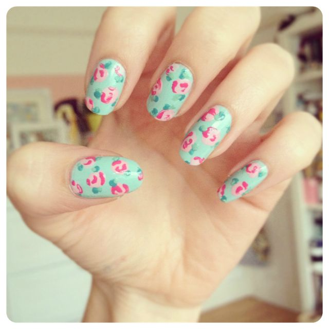 Uk Nail Art Blog Nail Art With Bite: 1000+ Ideas About Rose Nails On Pinterest