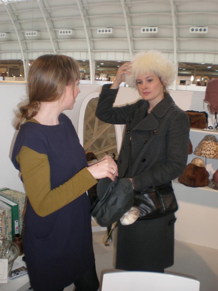 Sheepskin Fergie Headband - Champagne