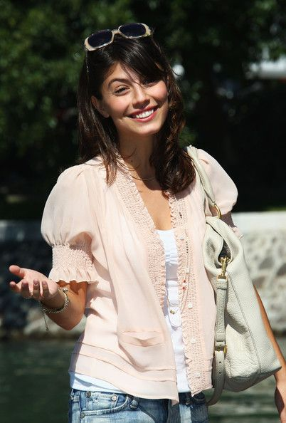 Alessandra Mastronardi's cute blouse!