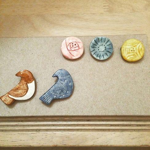 046 おふね:::石塑ねんどで陶器風ブローチ::|LEE(リー)