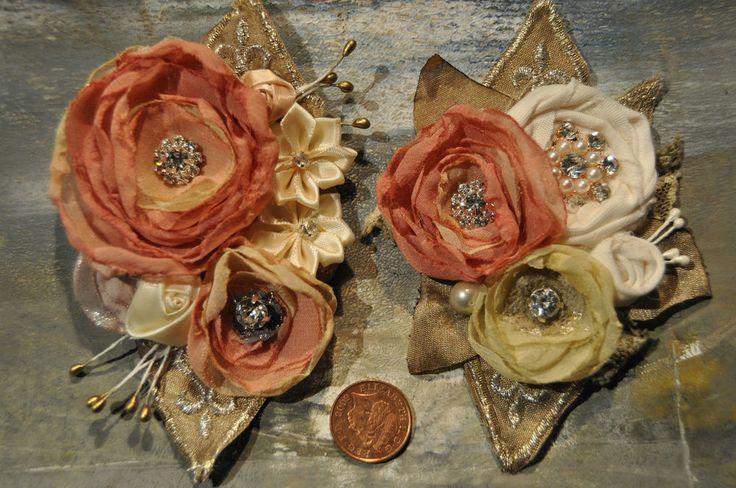 BROOCH AND HAIR CLIP SLIDE CORSAGE PINK CREAM DIAMANTE WEDDING BRIDESMAID VTG l