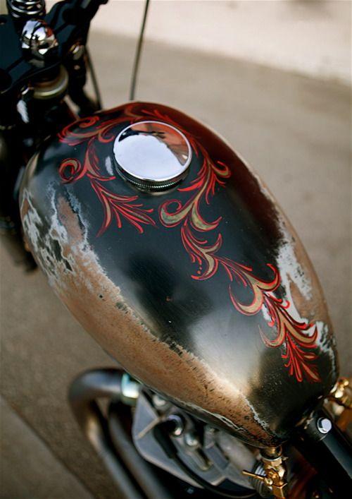 Pretty neat: Paintings Job On Cars, Awesome Paintings, Motorcycles Pinstriping, Motorcycles Paintings Job, Lost Art, Patinas Motorcyl, Custom Paintings Motorcycles, Pinstripe, Tanks