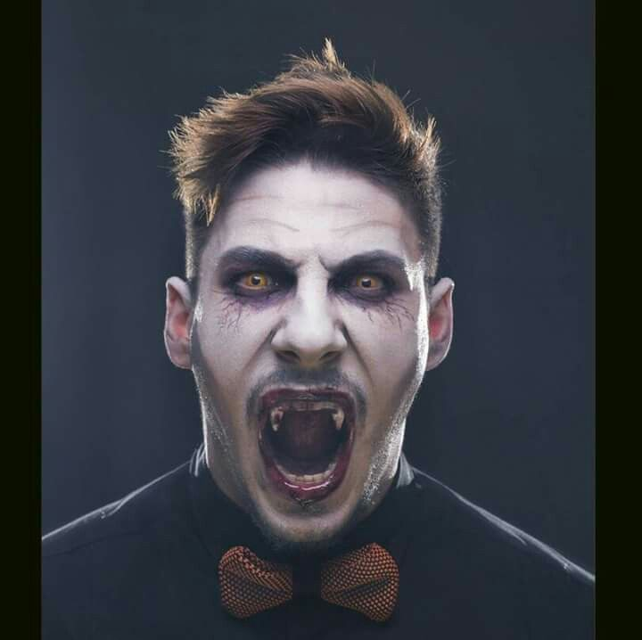 Vampire makeup for Halloeeen! Makeup realizzato dalla nostra Debora Di Franco!