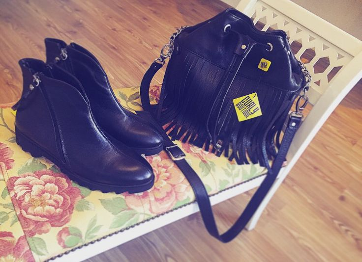 #sibiu #leathershoes #leatherbag #curlyboutiquee  https://www.facebook.com/CurlyBoutique/
