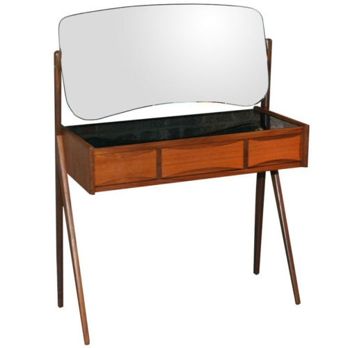 retro dressing table 2
