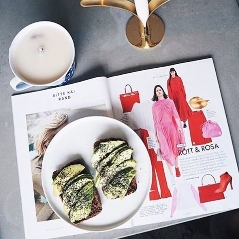 INSPIRATION. Såhär skulle vi gärna börja varje fredagsmorgon! Avokadotoast är alltid en bra idé! (: regram @ellenbengtsson ) #ellesverige #ellemagazine  via ELLE SWEDEN MAGAZINE OFFICIAL INSTAGRAM - Fashion Campaigns  Haute Couture  Advertising  Editorial Photography  Magazine Cover Designs  Supermodels  Runway Models