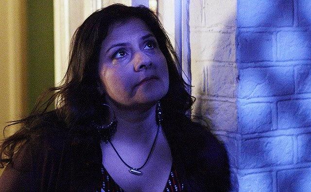 Zainab played by Nina Wadia.