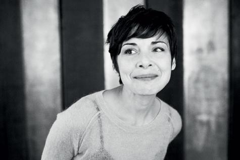 Melanie De Biasio: «Être belge, c'est être libre» | Victoire - lesoir.be A stomach is burning ;)