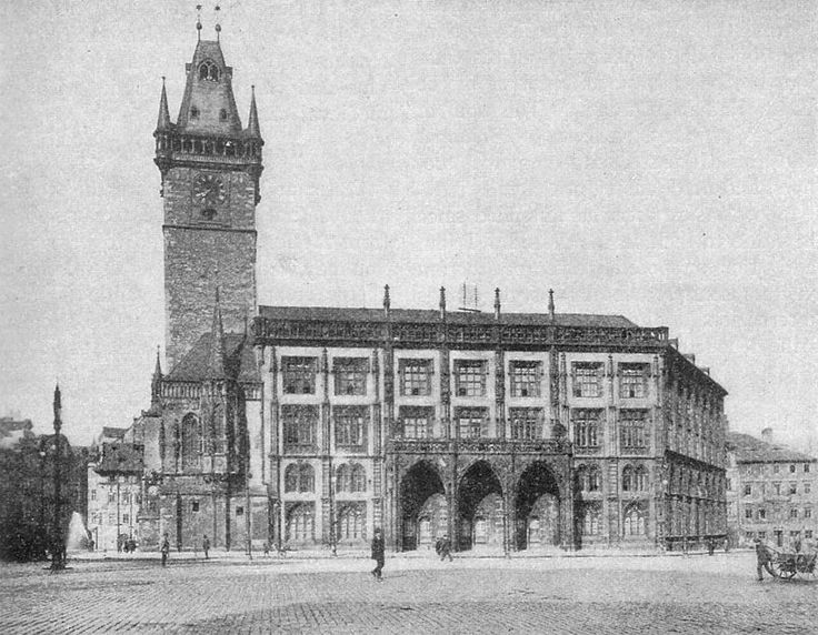 prague-old-town-hall