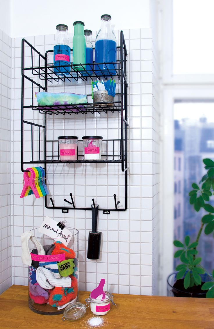 Triple Shelf is a Swedish-made shelf from Maze Interior. The shelf fits the hall, bedroom, kithen or bathroom. Colors available are black and white.