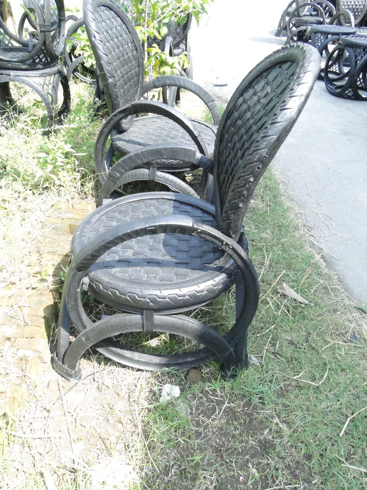 Recycled Rubber Tire Chairs  Made In My Little Factory in Java http://baliandbeyond.ca/recycled-rubber-tire-furniture/