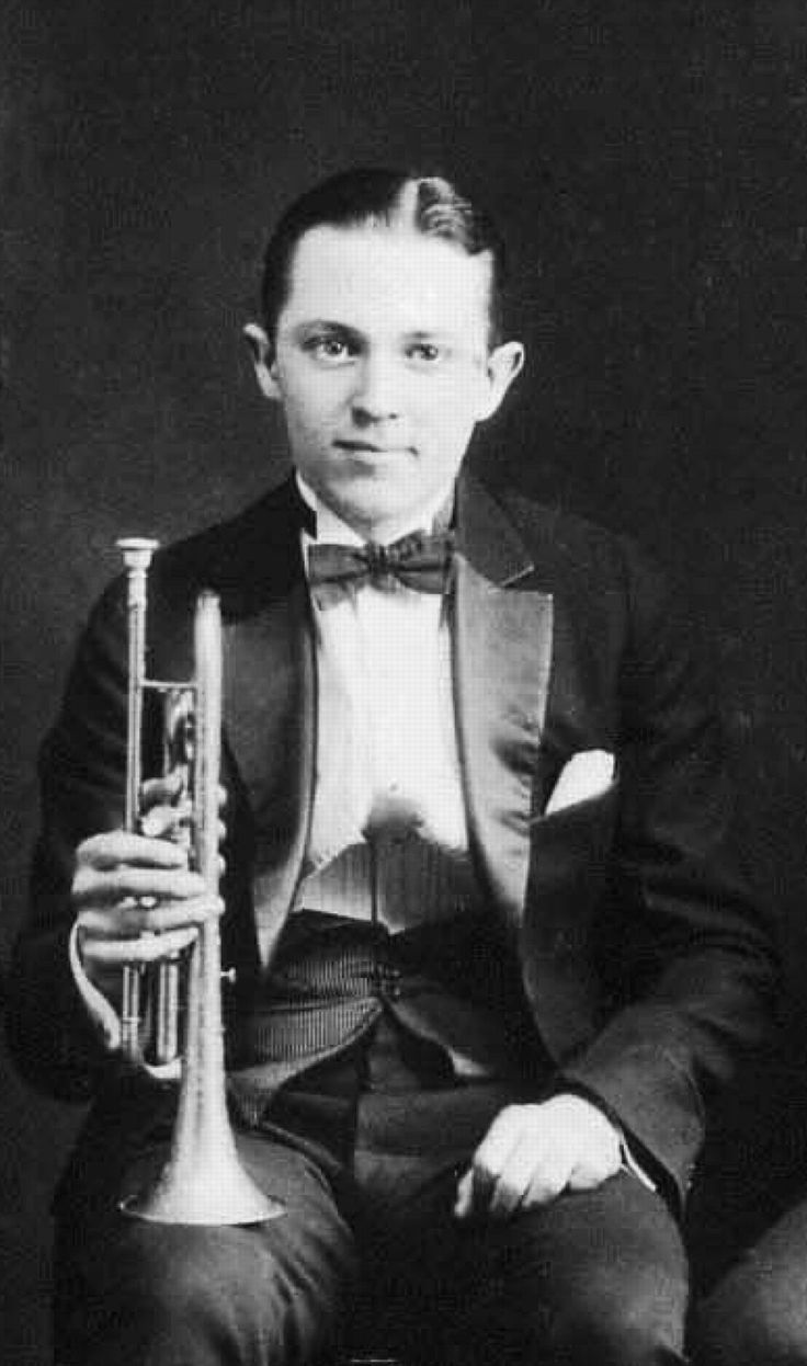 """Born March 10, 1903 in Davenport Iowa. Musical prodigy. American jazz cornetist, jazz pianist, composer """"Bix"""" Beiderbecke. One of the most influential jazz soloists of the 1920s with an unusual purity of tone and a gift for improvisation. A precursor of cool jazz."""