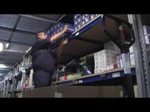 Inter Cars S.A. - logistyka - filmik pokazujący jak działa nowoczesna logistyka w firmie zaopatrującej warsztaty samochodowe w części i akcesoria niezbędne do napraw samochodów, motocykli i skuterów.