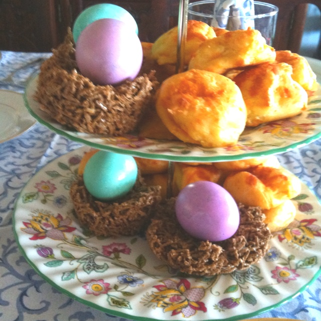 Cheese puffs, marbled eggs in birds nests