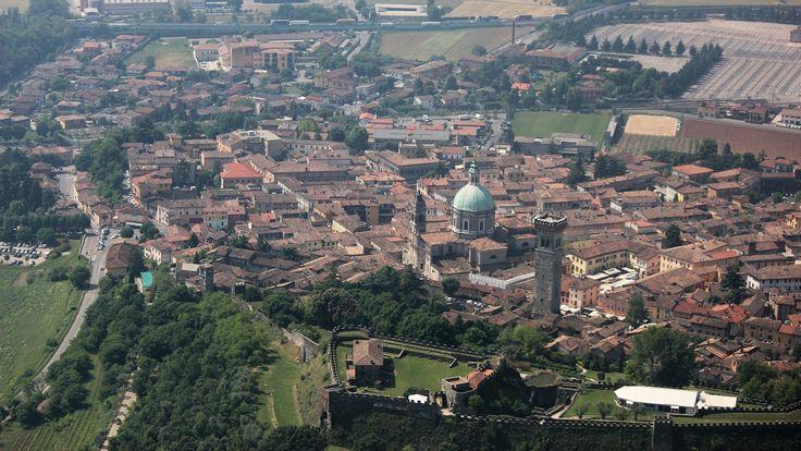 Photo aérienne de Lonato Del Garda - Italie (Italia)
