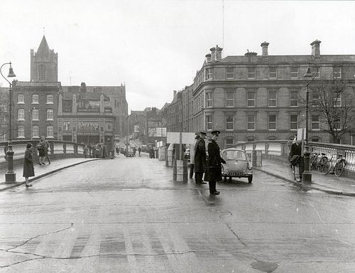 Wood Quay, O'Donovan Rossa Bridge (1961). http://dublincitypubliclibraries.com/image-galleries/digital-collections