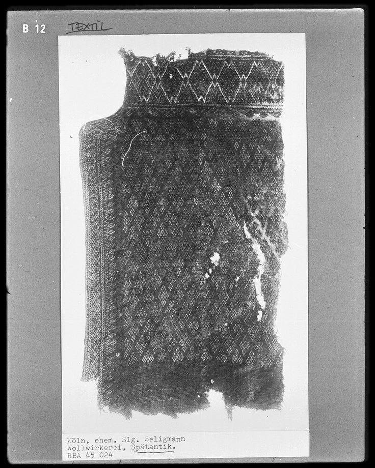 Knitted wool (Wollwirkerei), 330-500. Held at Germanische Nationalmuseum (website: www.gnm.de/) The Germanic National Museum is the largest museum of cultural history of the German language area.