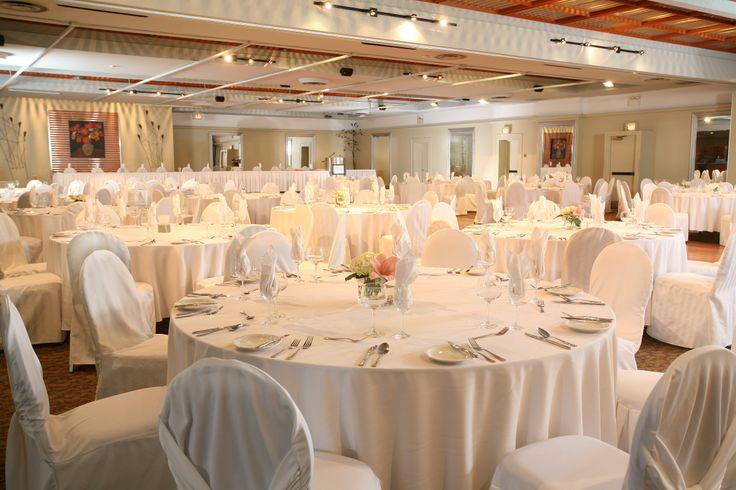 Classic wedding reception in the Grand Ballroom   Kingston, Ontario